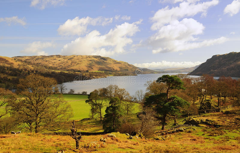 阿尔斯沃特湖视图, Cumbria 免版税库存图片