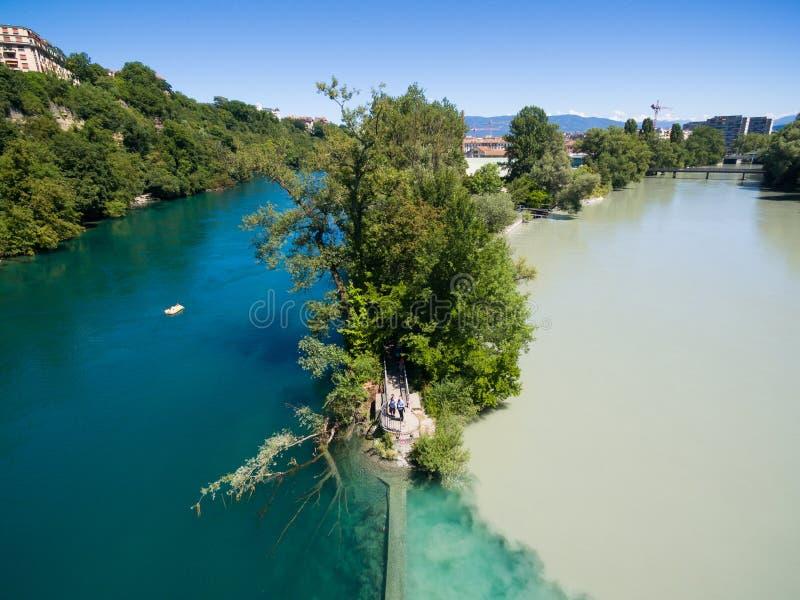 阿尔沃河鸟瞰图隆河汇合在日内瓦Switzerl 免版税库存图片
