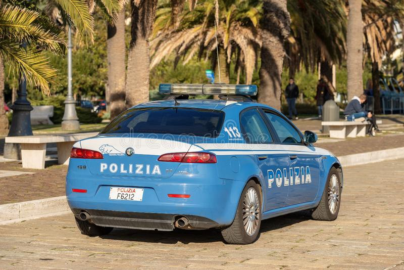 阿尔法・罗密欧159个JTDM -意大利警车在拉斯佩齐亚 库存图片