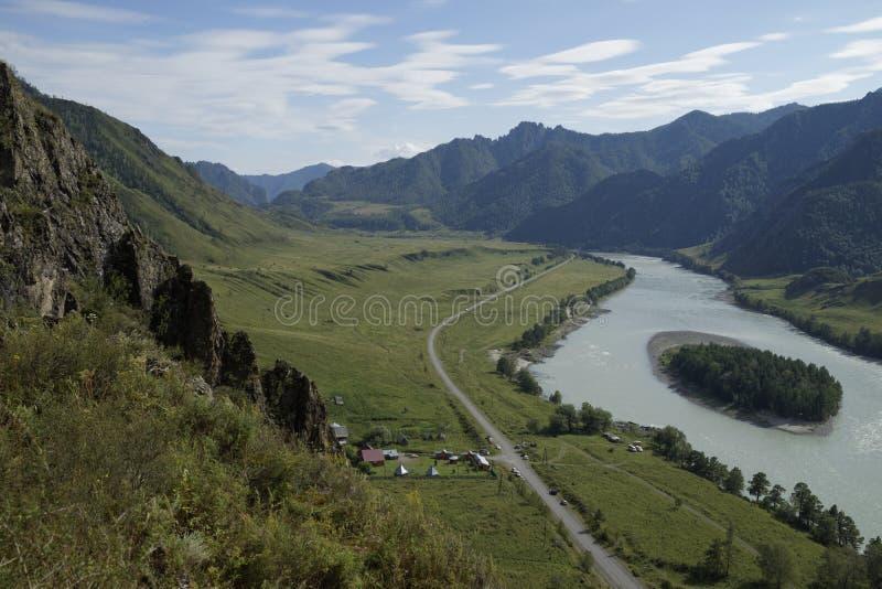 阿尔泰山, Katun河 库存照片