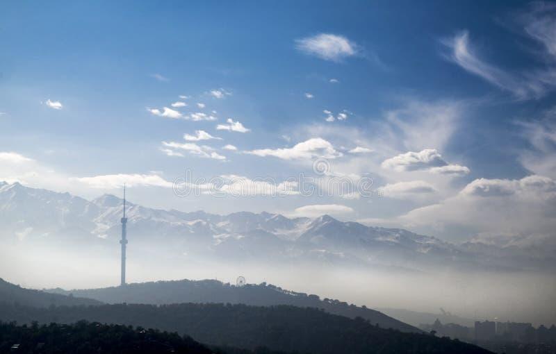 阿尔玛蒂塔的看法在科克Tobe山顶部,阿尔玛蒂,哈萨克斯坦 库存照片