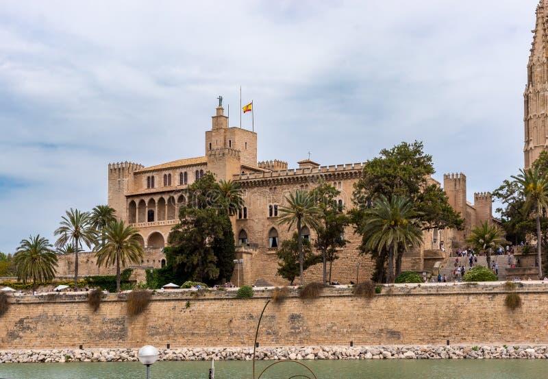 阿尔穆代纳宫殿在帕尔马-巴利阿里群岛,西班牙 库存照片