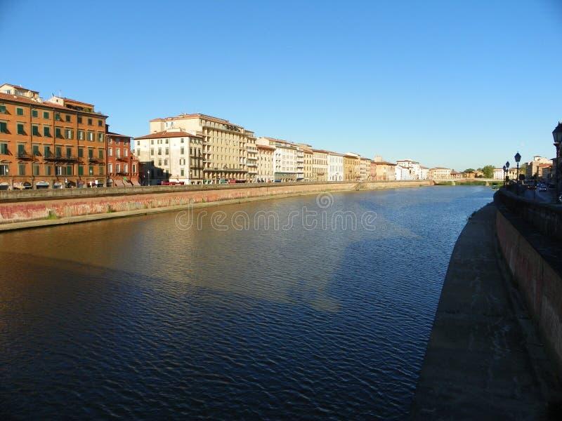 阿尔诺河在比萨 免版税图库摄影