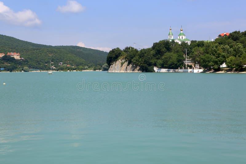 阿布努湖风景  免版税库存照片