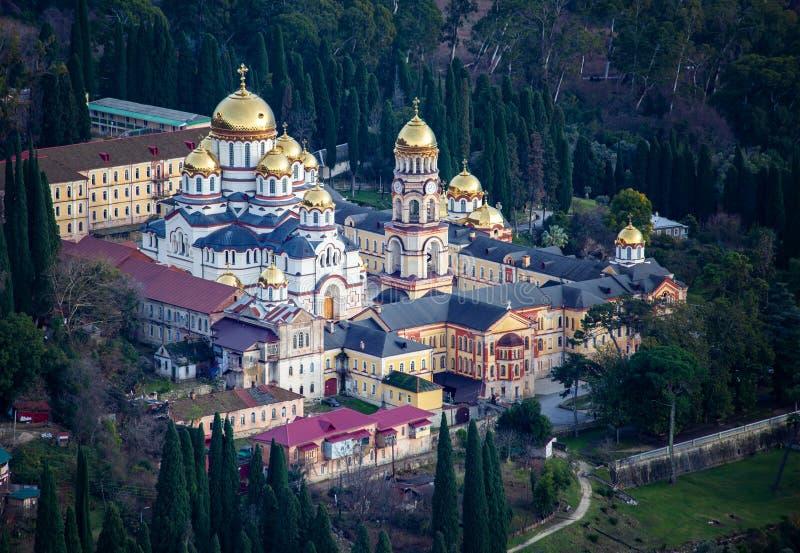 阿布哈兹的诺沃阿多斯修道院在冬天 库存图片