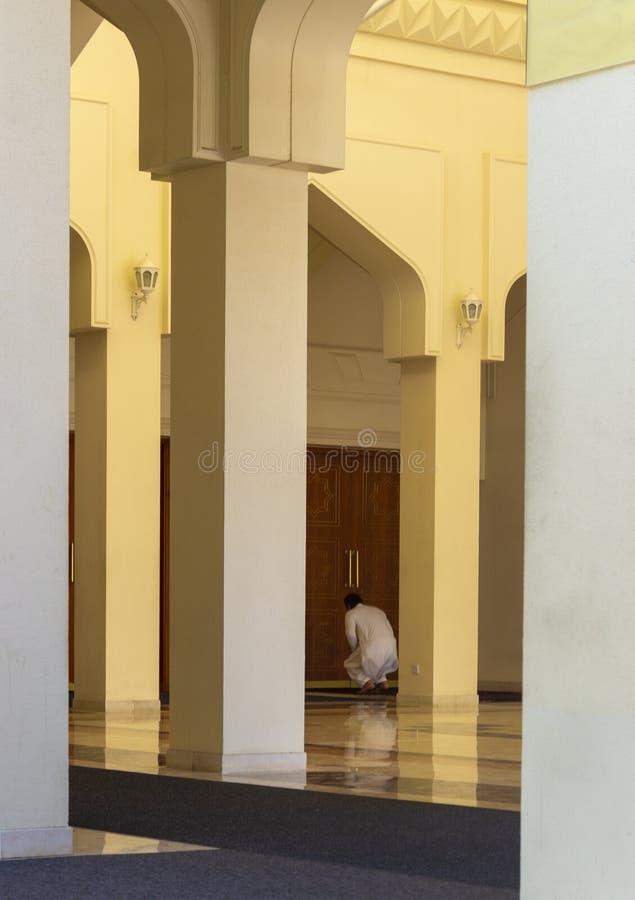 阿拉伯人在清真寺 免版税库存照片