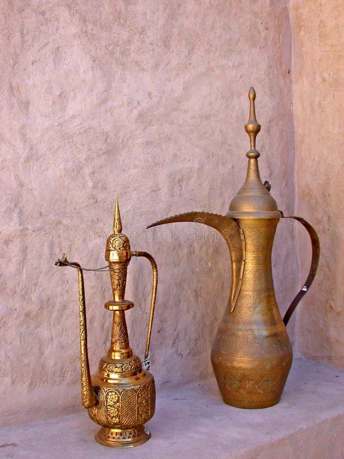 阿拉伯咖啡罐 库存照片
