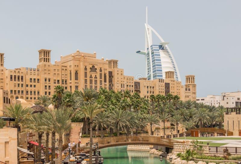阿拉伯式购物中心在迪拜 免版税库存图片