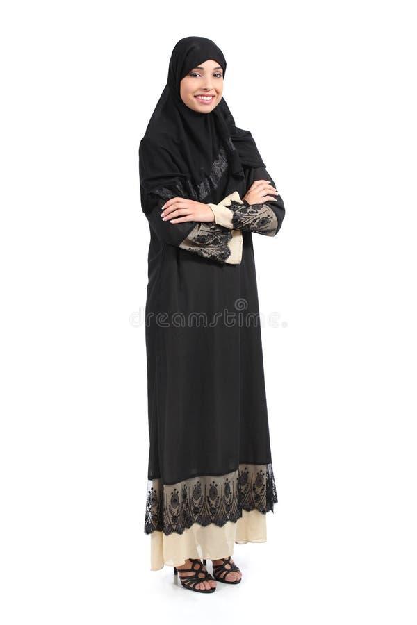 阿拉伯沙特妇女充分身体摆在确信 图库摄影