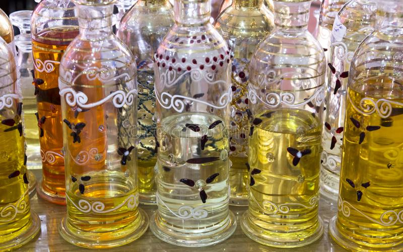 阿拉伯油瓶 库存照片
