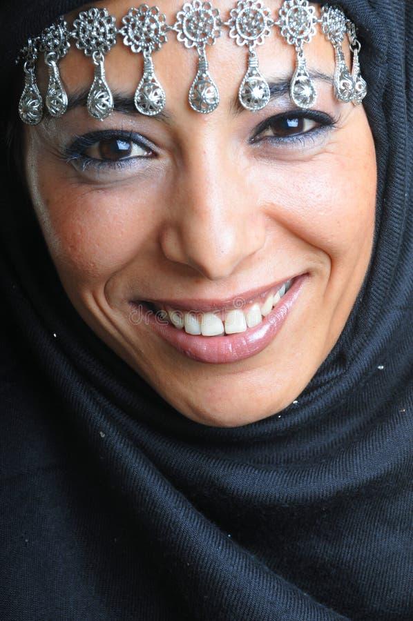 阿拉伯美丽的妇女 图库摄影