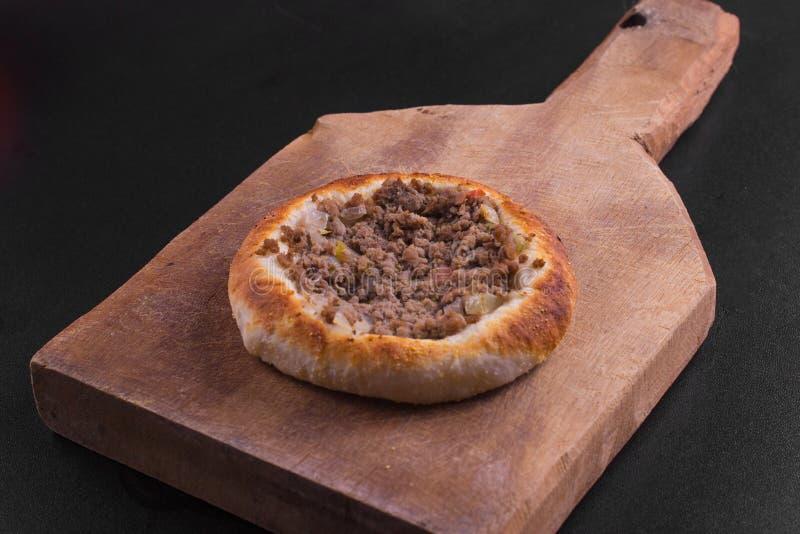 Download 阿拉伯肉sfiha 库存图片. 图片 包括有 arabel, 空白, 面粉, 可口, 黎巴嫩, 土耳其, 健康 - 72369387