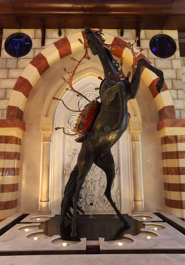 阿拉伯迪拜马雕塑 库存照片