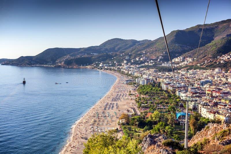 阿拉尼亚,一个城市在土耳其,帕特拉海滩的看法从的 库存图片
