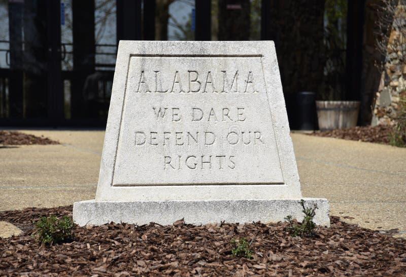 阿拉巴马我们敢保卫我们的权利状态座右铭 免版税库存图片