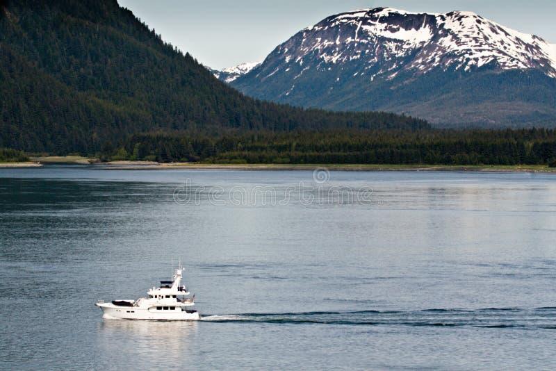 阿拉斯加海湾小船冰川 免版税库存图片