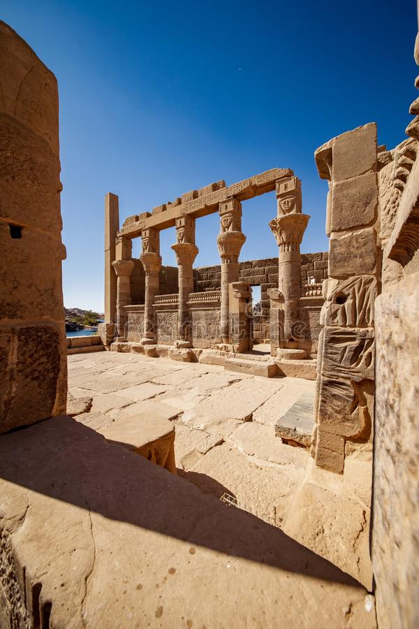 阿斯旺埃及philae寺庙 保存良好埃及文明的历史 免版税库存照片