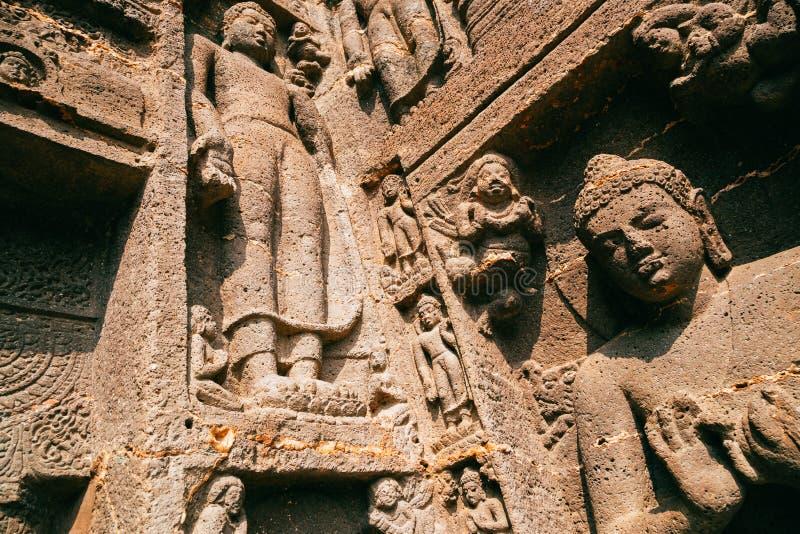 阿旃陀洞,雕刻在印度的古老菩萨 免版税库存照片