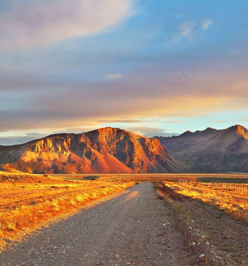 阿根廷巴塔哥尼亚。日落太阳 库存照片