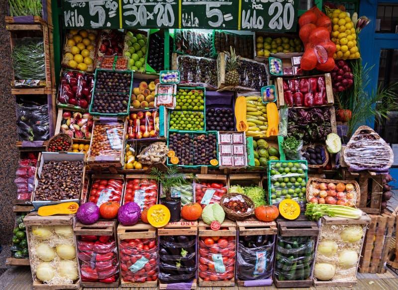 阿根廷水果市场 库存照片
