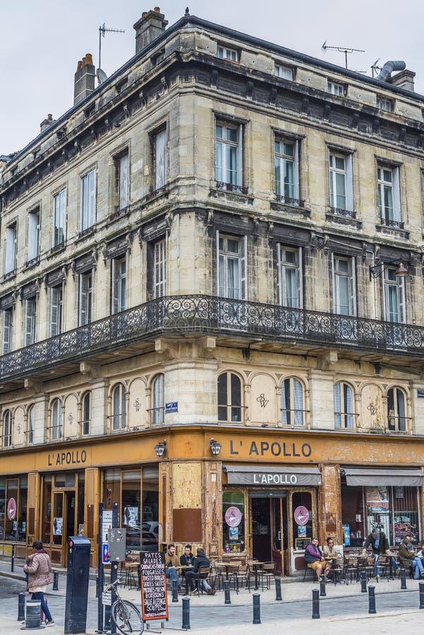 阿波罗咖啡馆在红葡萄酒 ara 法国 免版税图库摄影