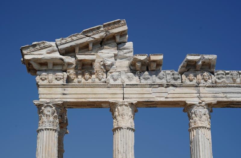 阿波罗在边,土耳其的` s寺庙废墟  图库摄影