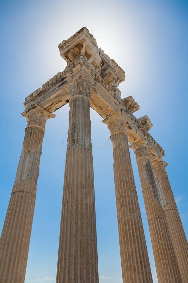 阿波罗寺庙古老废墟在边,土耳其的 库存图片