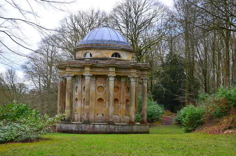 阿波罗教堂, Stourhead庭院,斯托顿,威尔特郡 免版税库存图片