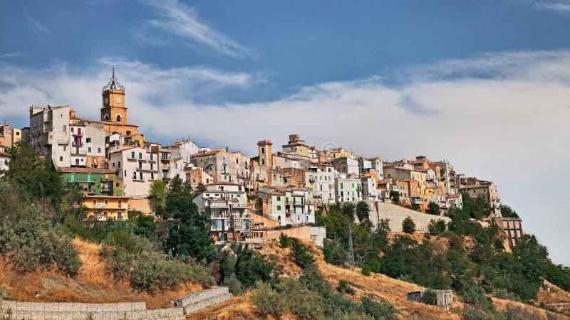 阿泰萨,基耶蒂,阿布鲁佐,意大利:小山的老镇 图库摄影