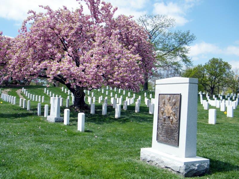 阿灵顿公墓挑战者纪念2010年4月 库存照片