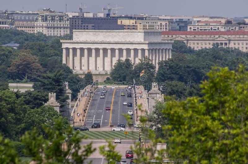 阿灵顿纪念桥梁和林肯纪念堂大厦 库存照片