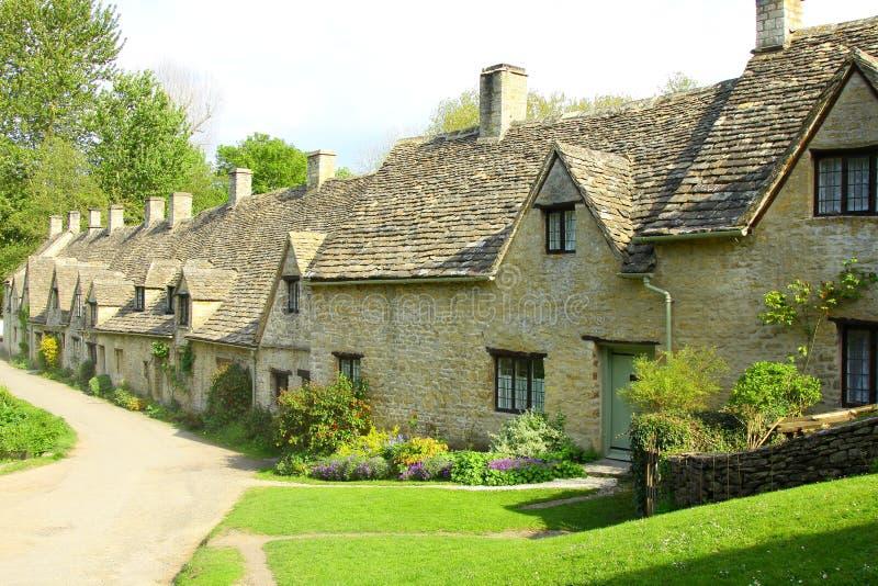 阿灵顿bibury cotswolds村庄英国行 免版税图库摄影