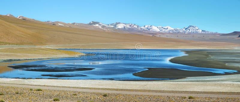 阿瓜calientes盐水湖看法  免版税库存图片
