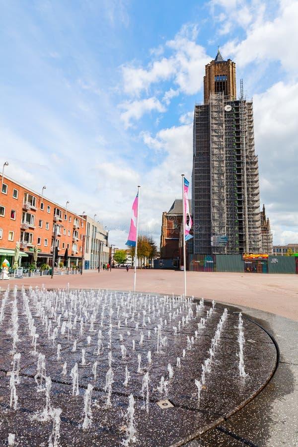 阿纳姆,荷兰的市中心的看法,有Eusebius教会的 免版税库存照片