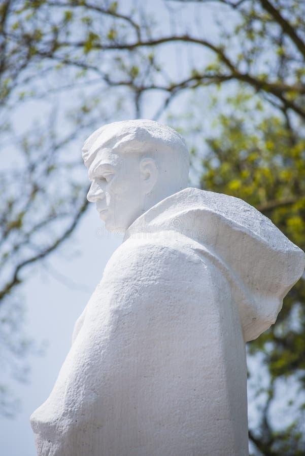 阿纳帕,俄罗斯,9可以2018年 对红军的战士的纪念碑 库存图片