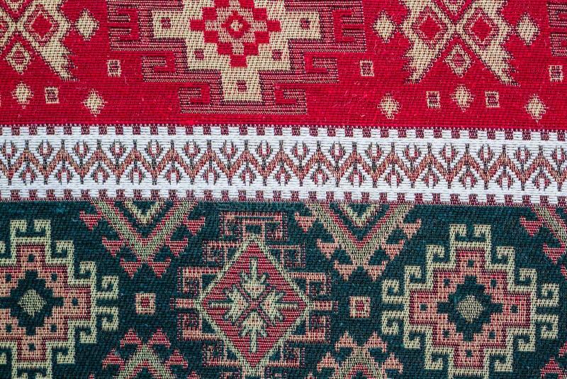 阿纳托利安土耳其种族地毯, Kilim当桌布 免版税库存图片