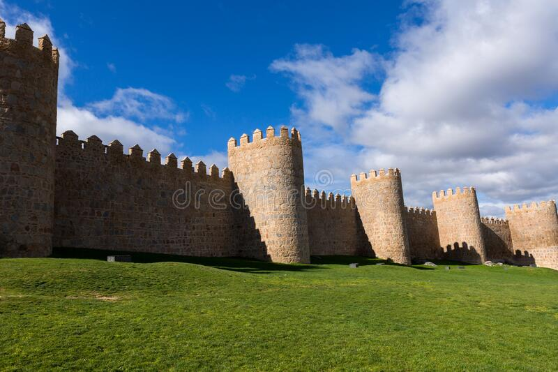 阿维拉围墙 库存图片