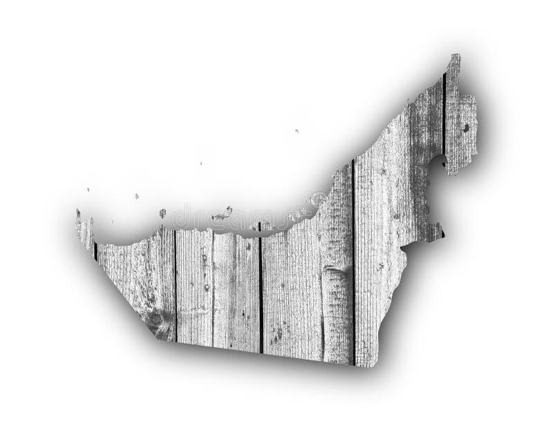 阿联酋的地图被风化的木头的 库存照片
