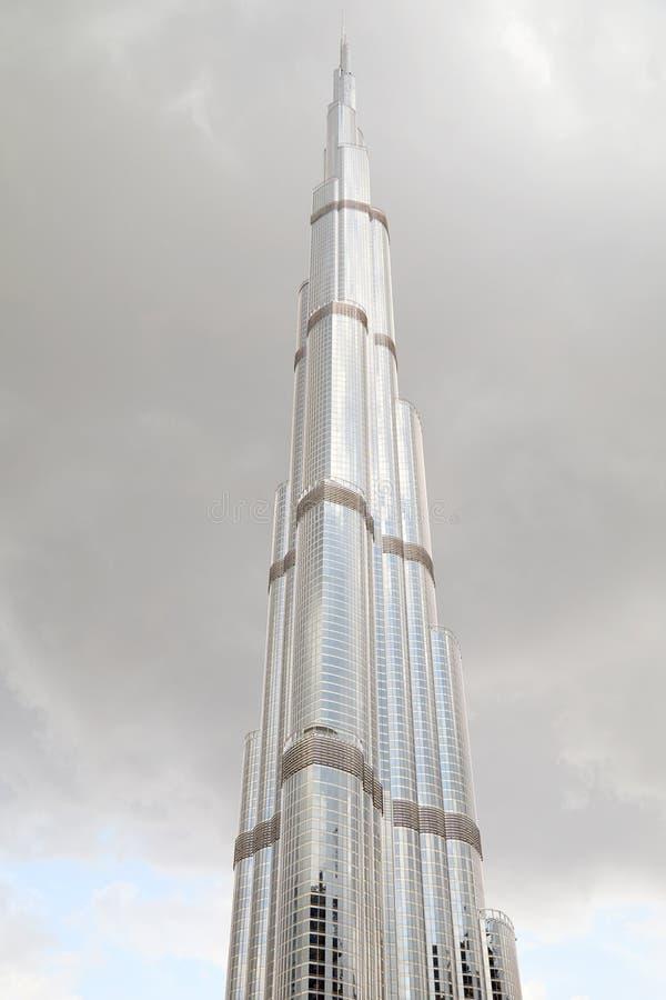 阿联酋迪拜塔塔塔和灰色多云天空 库存图片
