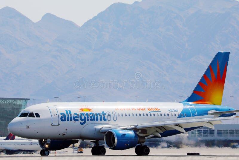 阿莱捷安特航空公司在拉斯维加斯机场航站楼 免版税库存图片