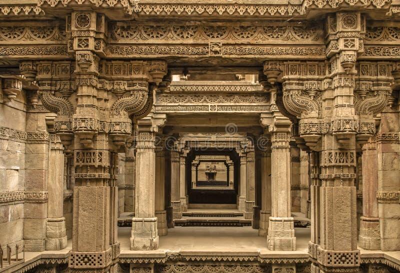 阿达拉杰stepwell -印地安遗产旅游地方,艾哈迈达巴德, guja 免版税库存图片