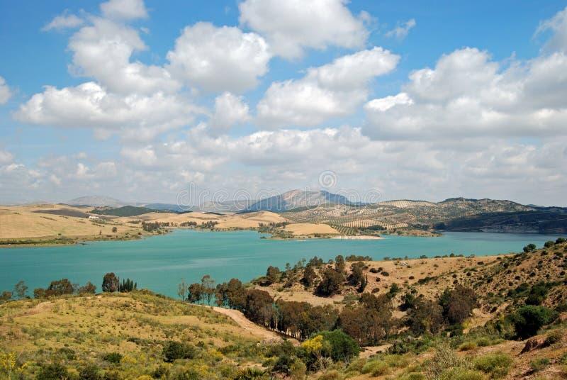 阿达莱斯在西班牙附近的guadalhorce湖 免版税库存图片