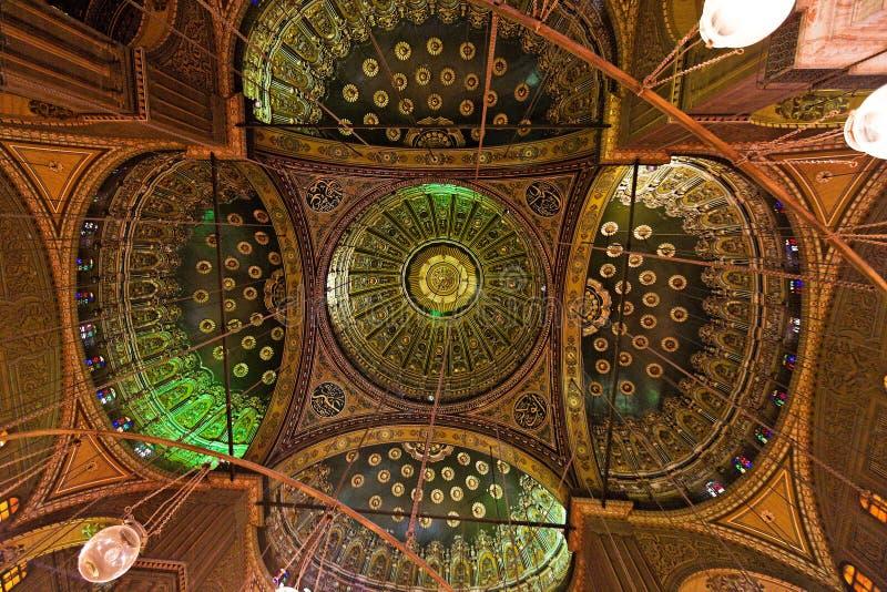 阿里・在默罕默德清真寺里面的开罗& 免版税库存图片