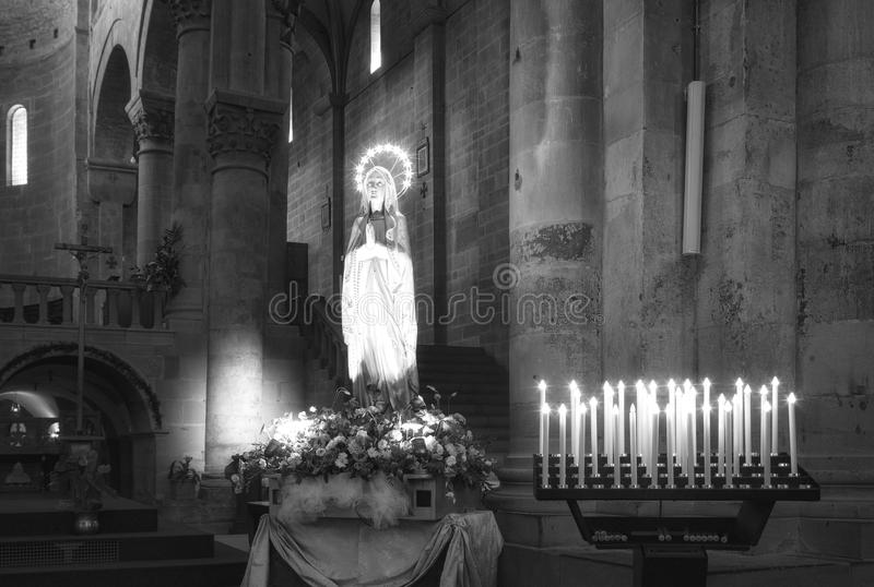 阿雷佐,大教堂内部视图 北京,中国黑白照片 图库摄影