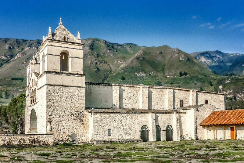 阿雷基帕的外部的古老教堂 免版税库存图片