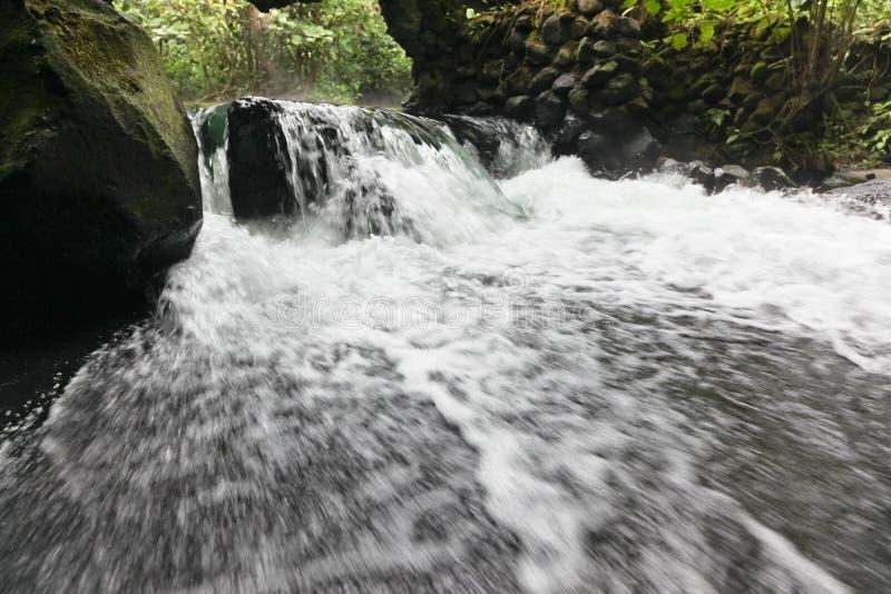 阿雷纳尔火山温泉城 免版税库存图片