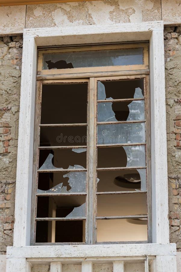 阿马特里切-意大利,瓦砾由于地震在2016年 库存图片