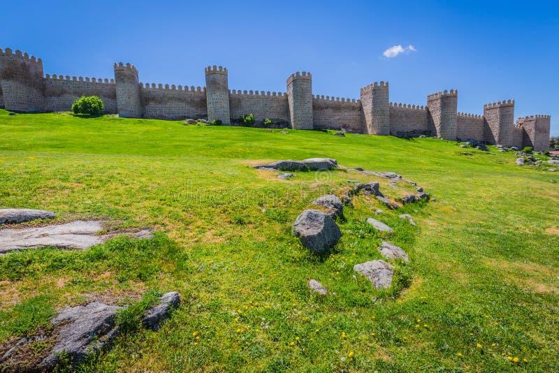 阿维拉,西班牙,联合国科教文组织名单风景中世纪城市墙壁 图库摄影