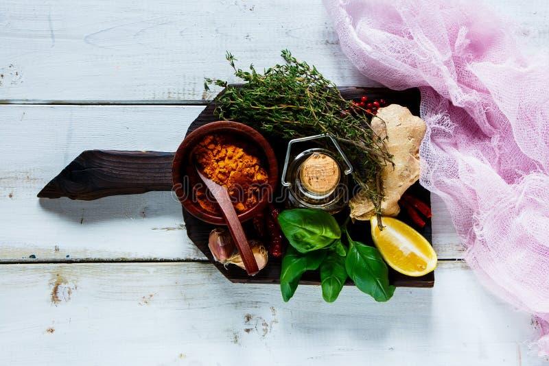 附加芳香烹调要素食物草本成份自然选择香料 图库摄影