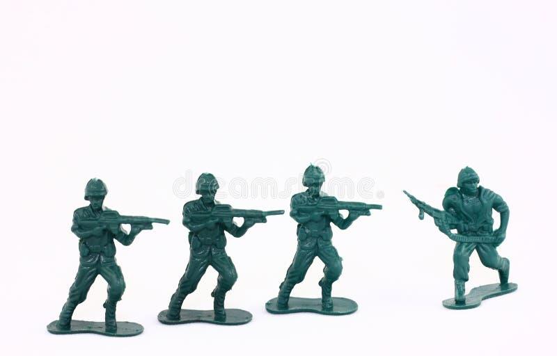 陆军绿色小的人战士玩具 免版税库存图片